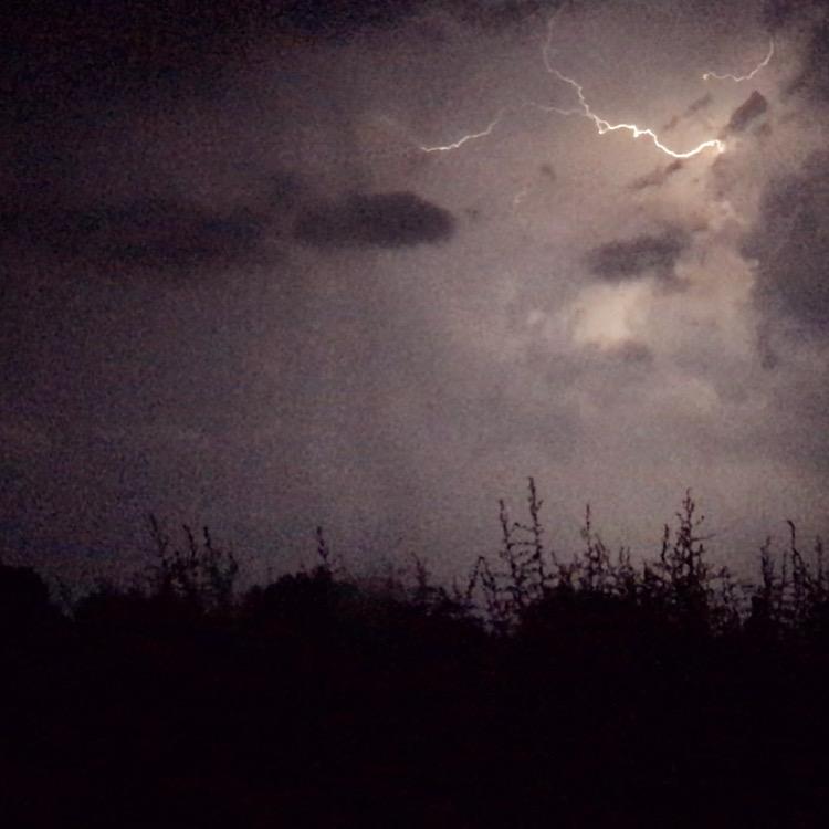 Lightning during the night! ⚡