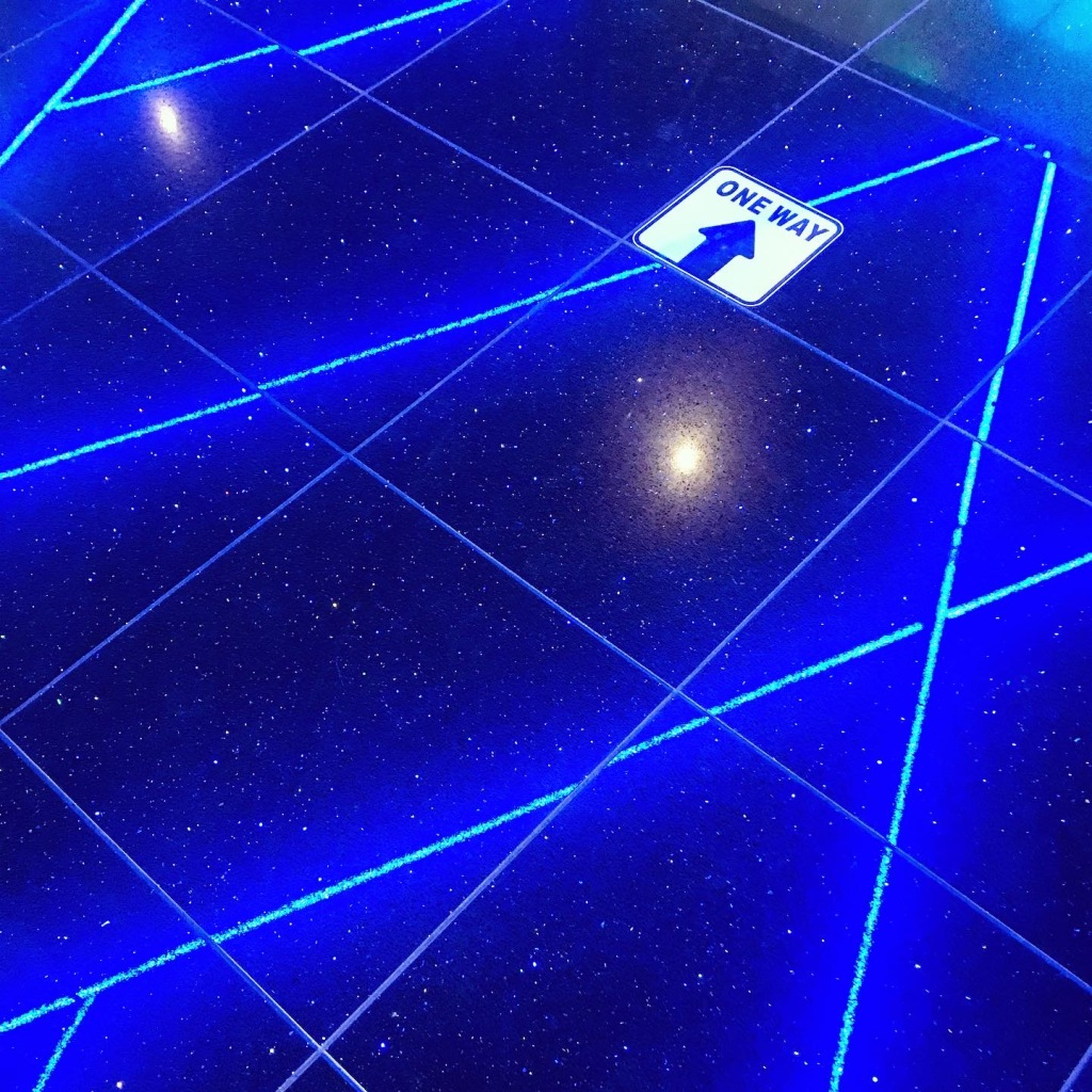 02/09 - First time at the cinema since they re-opened & I want to know why the Sheffield Cineworld is much more extra than our rubbish one?! Glittery floors...say no more... ✨